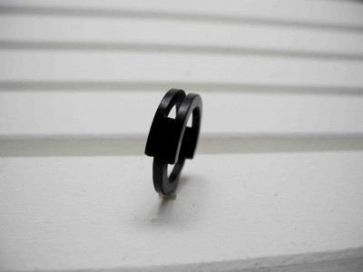 Ring black loop