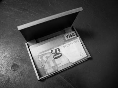 ONE Kreditkarten Etui
